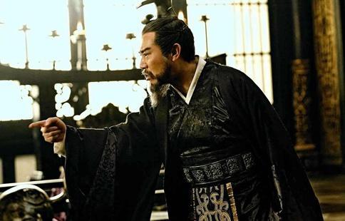 曹操进军荆州时刘琮为什么直接投降了?