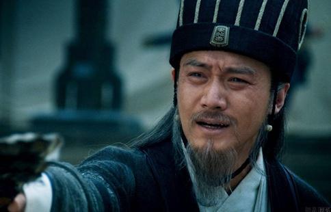 刘备死后诸葛亮是怎么治理蜀国的?刘婵实权还没一位大臣高