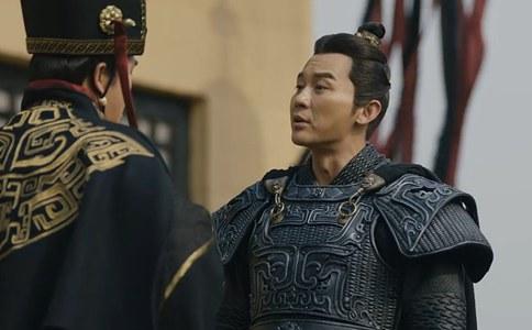 曹操杀死杨修用的是什么样的理由?