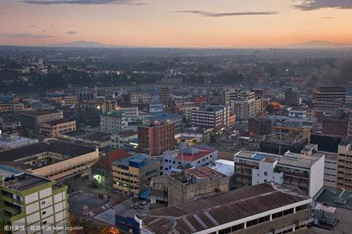 非洲国家肯尼亚宣布独立