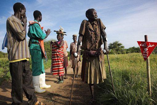非洲苏丹共和国正式宣布独