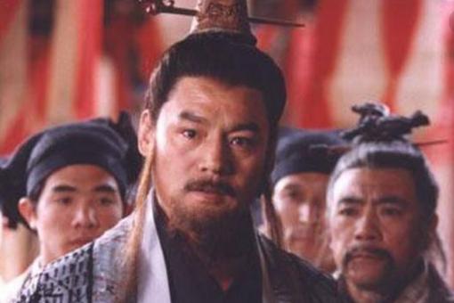 岳不群为什么不学独孤九剑,甘愿自宫学辟邪剑法?