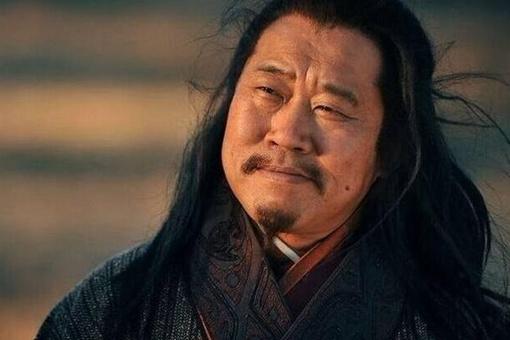 历史上凤雏庞统怎么死的?庞统死因和刘备有何关系?