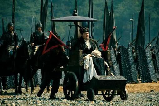 诸葛亮死后为什么不回成都下葬,而是选择葬在定军山?