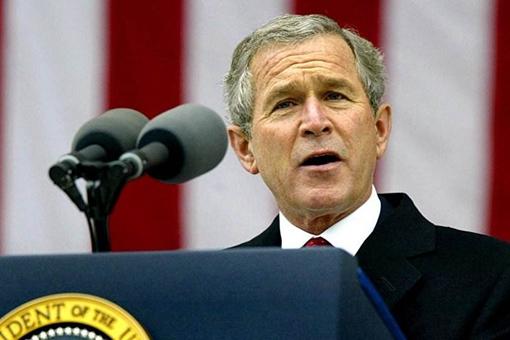 美国第43任总统小布什诞生