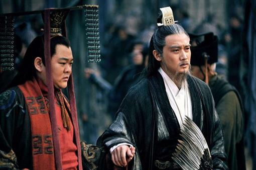 刘备临终为什么要任命两位托孤大臣?诸葛亮一个不够吗?