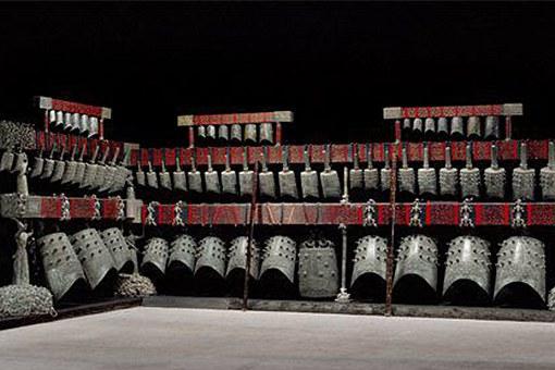 曾侯乙墓出土了哪些文物?300多件玉器还有一柄旷世神剑