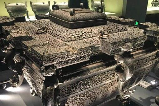 曾侯乙铜鉴缶在古代是做什么用的?冰箱、烤箱二合一