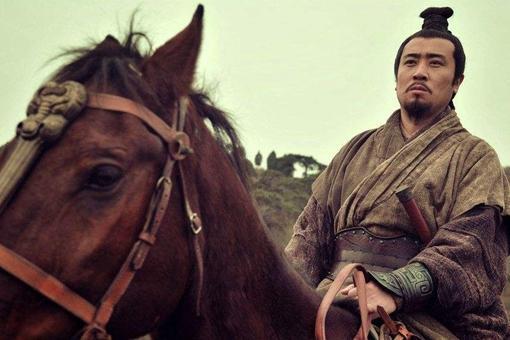 刘备为了拉拢荆州士族,才将李严立为托孤重臣