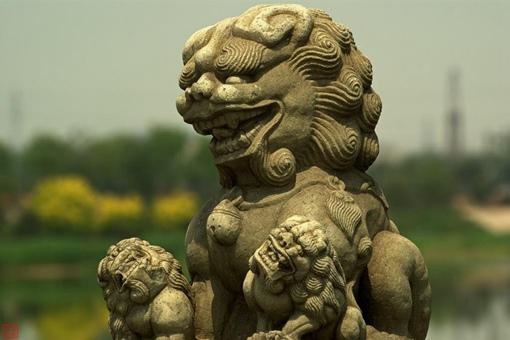 揭秘石狮子为什么张着嘴