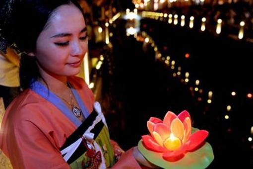中秋节民俗有哪些?不同地区中秋节的民俗是怎样的?