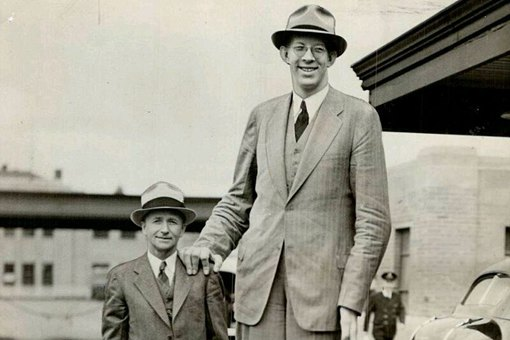 詹世钗真实身高,清朝第一巨人身高真有3.19米吗?