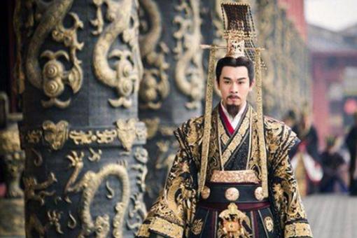 秦始皇的龙袍为何是黑色的?黑色在秦朝有着什么意义?