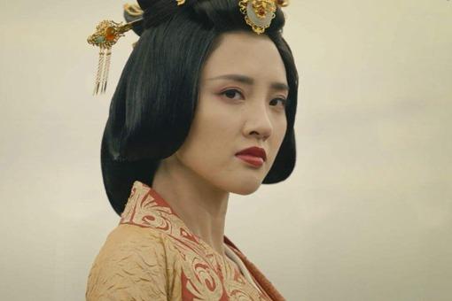 郭女王是怎样的人,为何大美女甄宓也斗不过她?