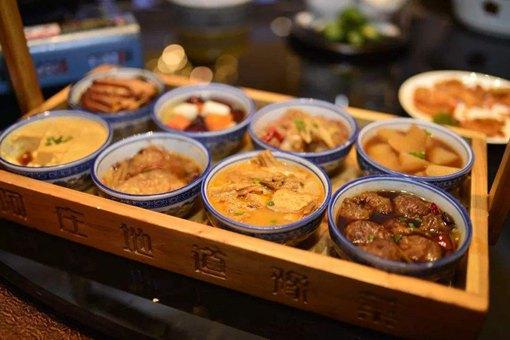 八大碗是哪里的特色菜?有什么历史来源?
