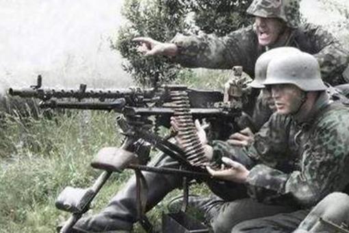 二战时期德军进攻战术是怎样的?德国士兵是如何打仗的?
