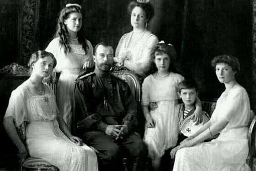 沙皇尼古拉二世的小女儿安娜·安德逊最后真的逃出来了吗?