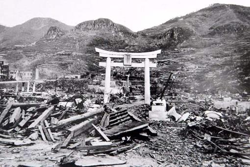 美国为什么要向日本投放原子弹,其核心原因是什么?