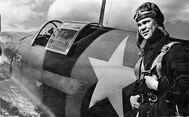 为何二战飞行员要在口袋里