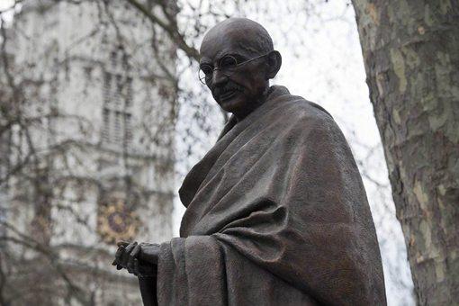 为何当年甘地绝食之后,印度就独立了?