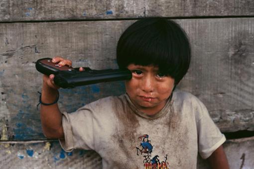 高清镜头下的战争照片 第七张让人心碎