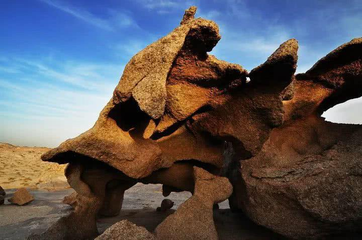 什么事海枯石烂?海森楚鲁怪石林图片