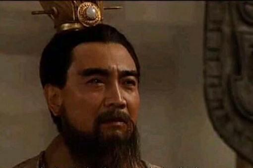 曹操杀吕布为何要先勒死后再砍下头颅示众?