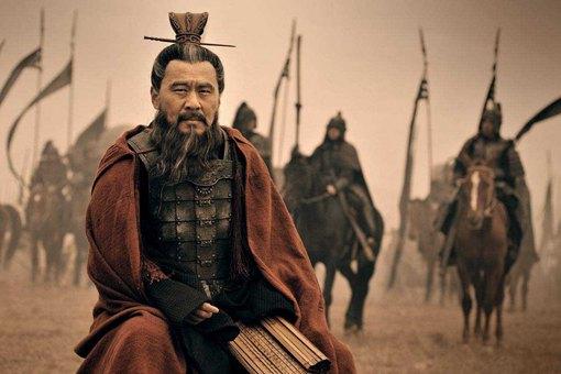 为什么在官渡之战的几年里,刘备毫无作为?