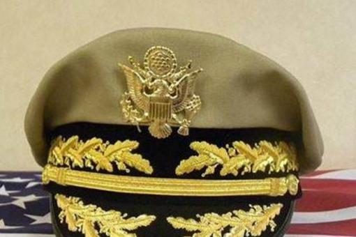 为何说麦克阿瑟的军帽是独一无二的?有什么特点?