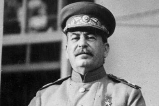 二战结束后瓜分战败国,为何苏联拿下北方四岛就止步了?