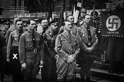 """纳粹德国""""人民法院"""" 是什么机构?弗雷斯勒是怎样的人?"""