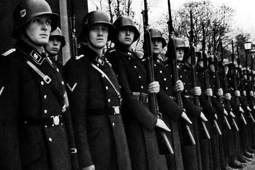 希特勒是如何征兵的?为何