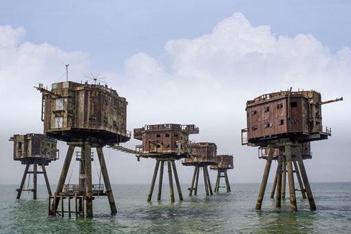 血染泰晤士河口,泰晤士河口的二战炮台是什么样子的?