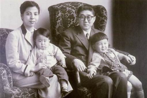 安倍家族和皇室的关系是怎样的?安倍家族有多强大