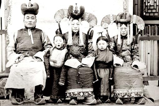外蒙古什么时候独立的?外蒙古独立的背景是什么?