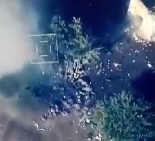 <i>阿塞拜疆无人机空袭亚美尼亚士兵是怎么回事?不是已经达成</i>
