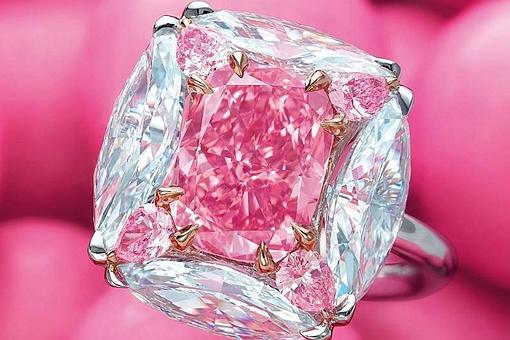 世界最大的紫粉色钻石叫什么?价值多少?