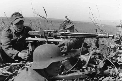 二战德军一个步兵班带多少子弹 装备情况如何
