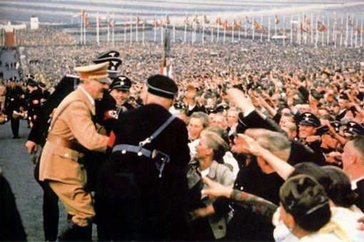 希特勒是怎么让德国发起战争的 如何让德国崛起的