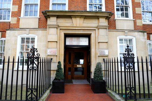 戴安娜王妃故居成为英国文化遗产 揭秘戴安娜王妃故居