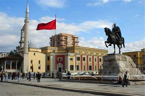 阿尔巴尼亚是一个怎样的国