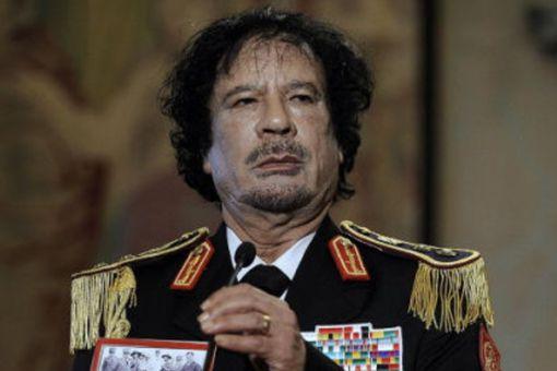 卡扎菲如何对利比亚国民的