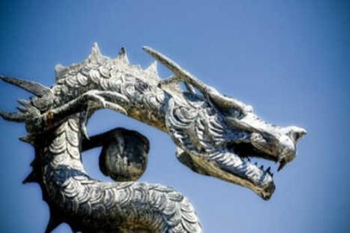 夏朝灭亡是因为皇帝吃龙吗