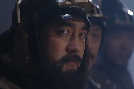 岳钟琪作为汉臣被康熙、雍正、乾隆都重用过吗