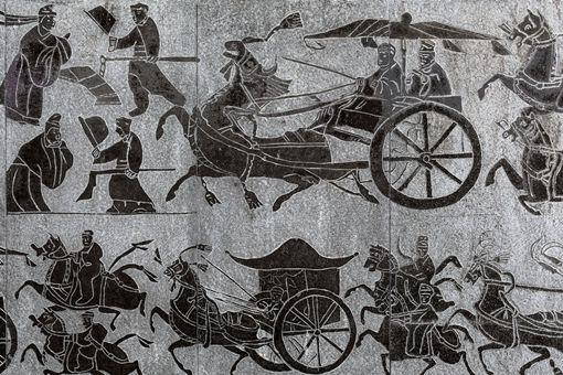 东周为何分为春秋战国呢 有什么区别