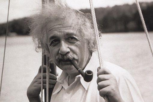 爱因斯坦的怪在哪 揭秘爱因斯坦不为人知的另一面