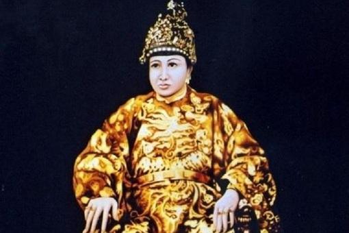 阮福膺禛为何只当了3天皇帝就被废了