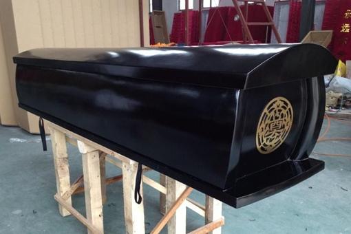 有些地方的棺材为何是红色的?红色棺材和黑山棺材又有什么