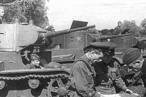 苏德战争初期苏联为何损失惨重 苏联反击为何不成功