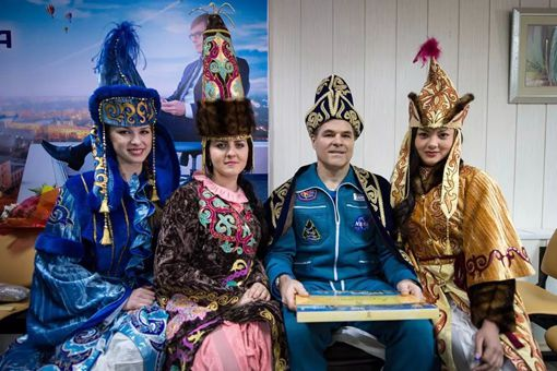 哈萨克斯坦|俄罗斯为什么给哈萨克斯坦那么多领土 苏联划给哈萨克斯坦多少领土
